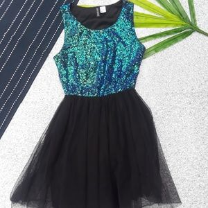 {H&M} Holographic Sequin Tulle Dress